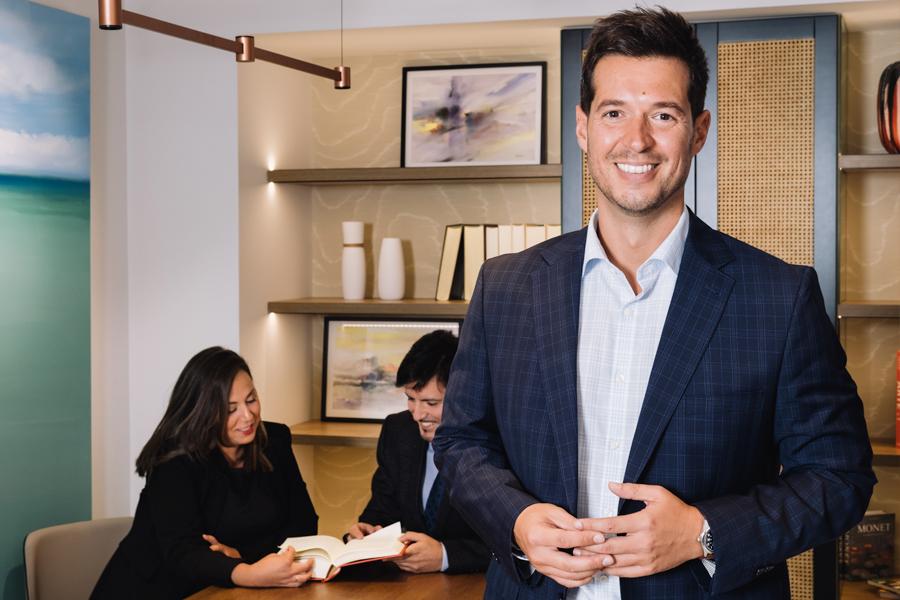 Rafa Navarro en su oficina